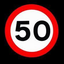 Con la fiducia numero 50 passa alla camera una manovra for Numero deputati alla camera